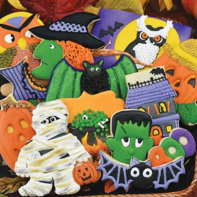Terrorific Treats 500 Piece Jigsaw Puzzle