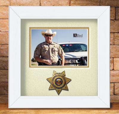 8X8 WHT HRZ SHERIFF FRAME