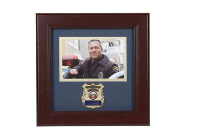 Police Department Medallion 4-Inch by 6-Inch Landscape Picture Frame